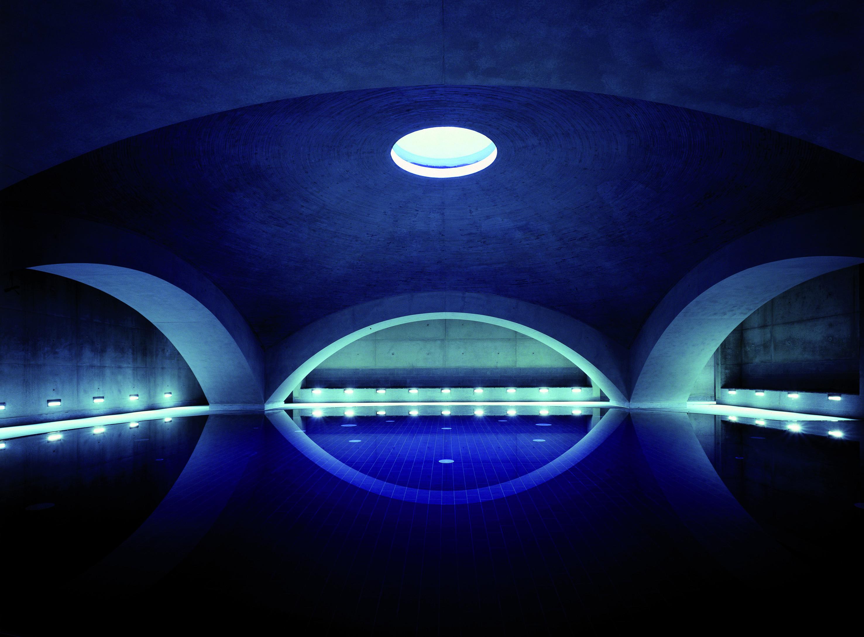 Neues Tempodrom Berlin, Liquidrom - alien aliens