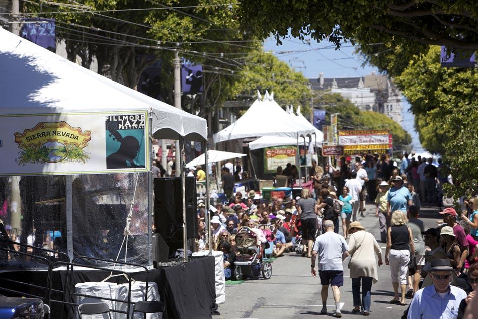 The-Fillmore-Street-Fair