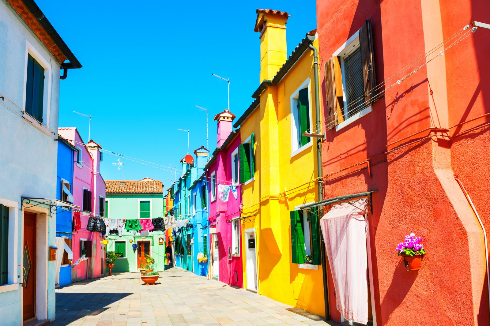 7 Of The World S Most Vibrant Colorful Neighborhoods
